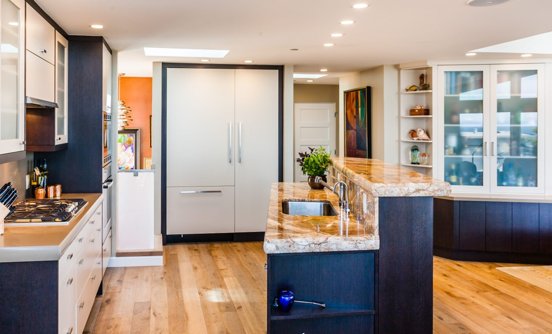 Monterey-Kitchens-Urban-Contemporary-Design-2