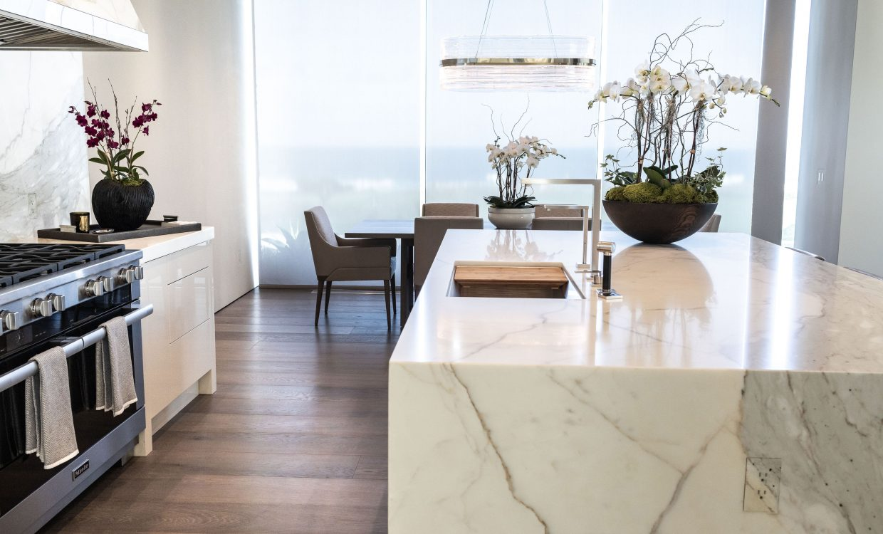 Monterey-Kitchens-Pebble-Beach-Kitchen-6