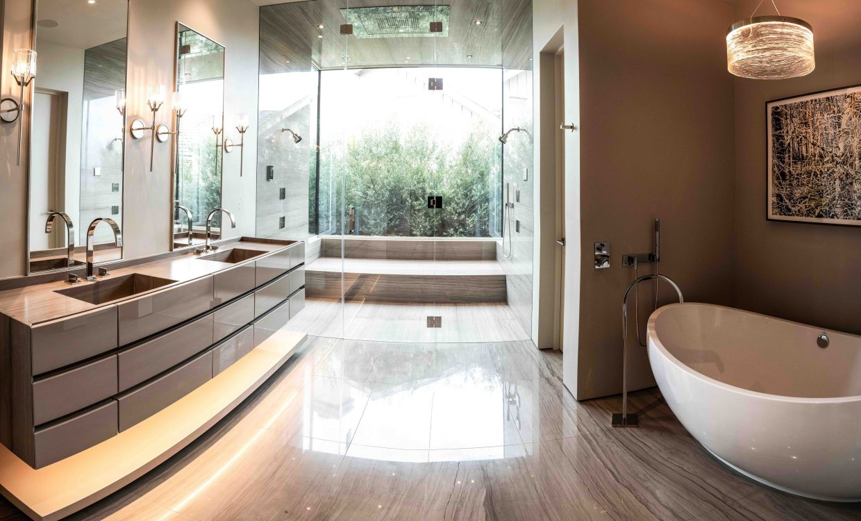 Monterey-Kitchens-Pebble-Beach-M-Bath-1-2